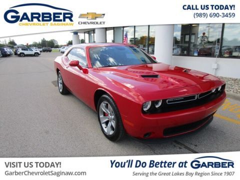 Pre-Owned 2016 Dodge Challenger SXT RWD Coupe
